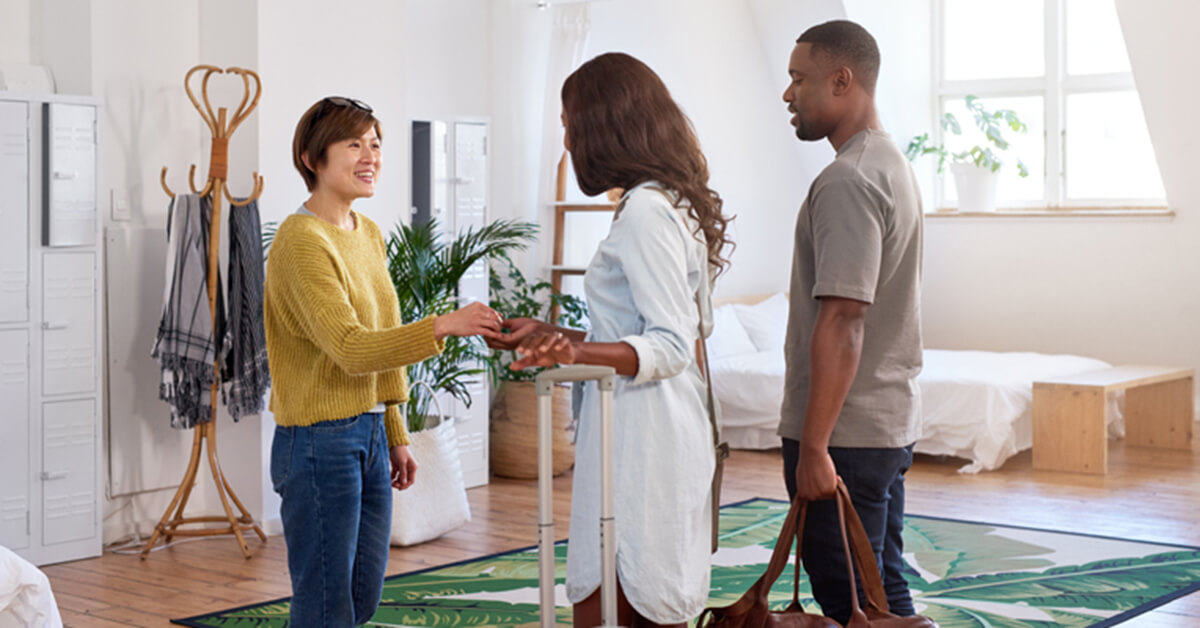 Hoe Werkt Airbnb : Become an airbnb smart host nuki