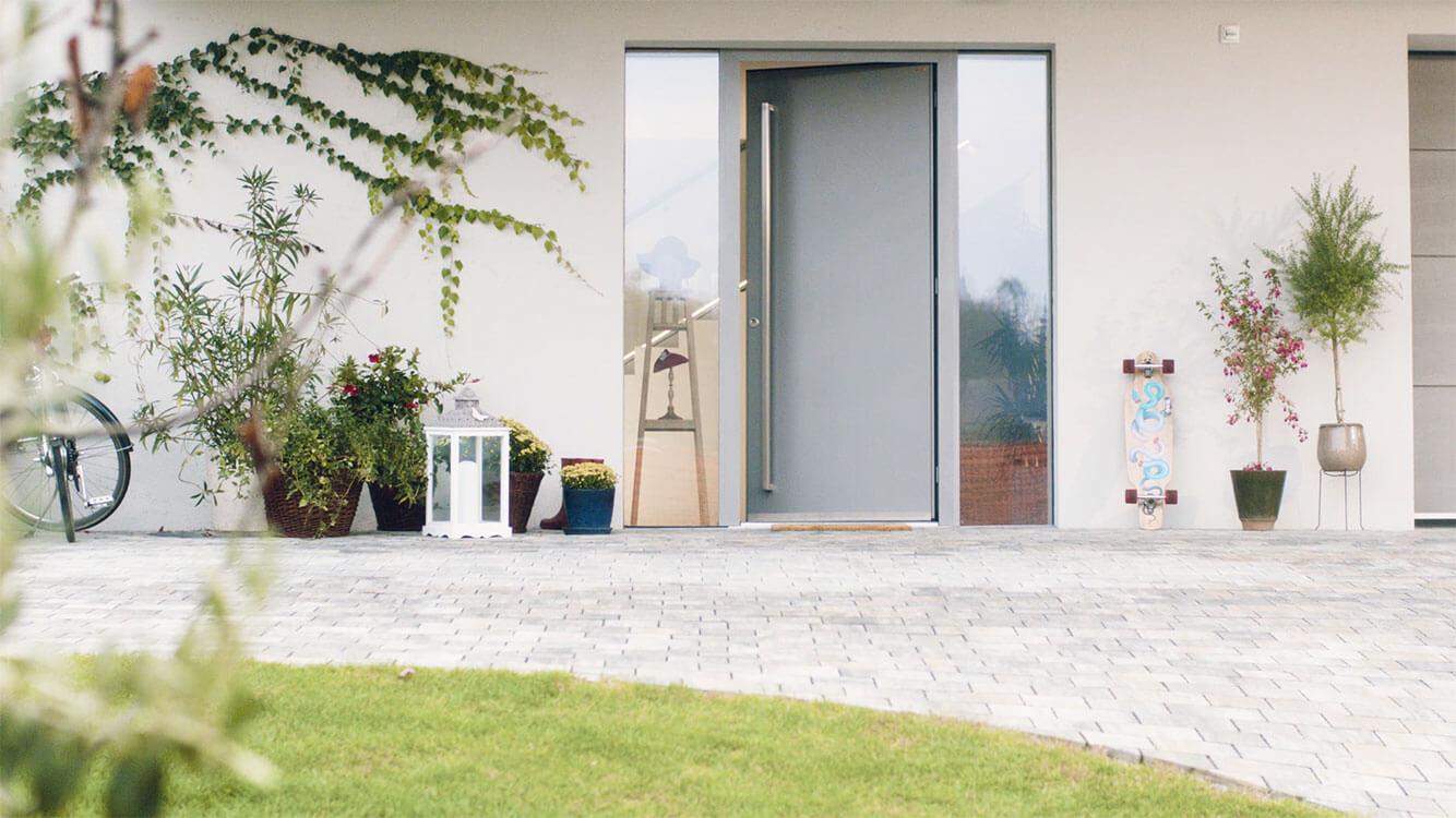 Smart Lock - Keyless electronic door lock for smart access