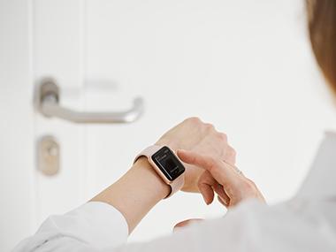 Wearables: Wie du mit Nuki die Haustür über deine Smartwatch öffnest
