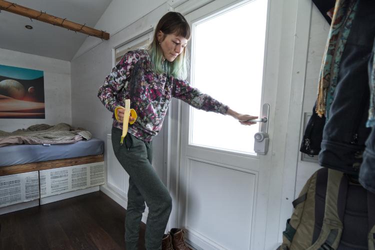 Nessa Elessar nutzt Nuki Smart Lock in ihrem Tiny House